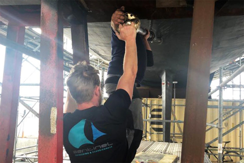 Shaft pull and cutlass bearing replacement on Sailing Yacht Blues Southern Wind 100 RS