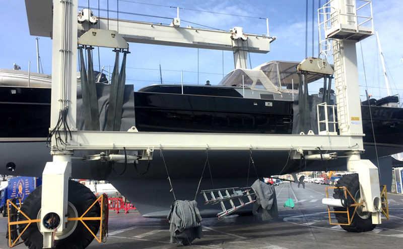 Sailing yacht Limitless